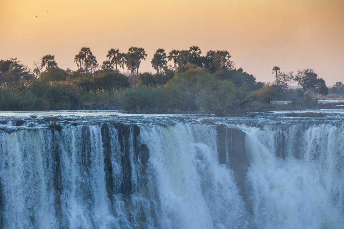 2 Night Victoria Falls Cruise Add-On